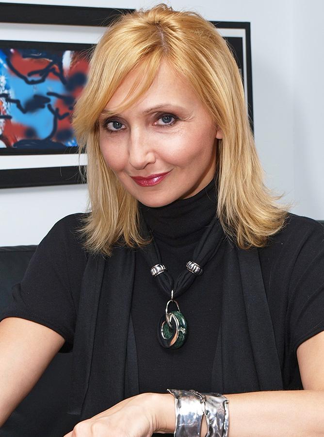 Nadia Mierau