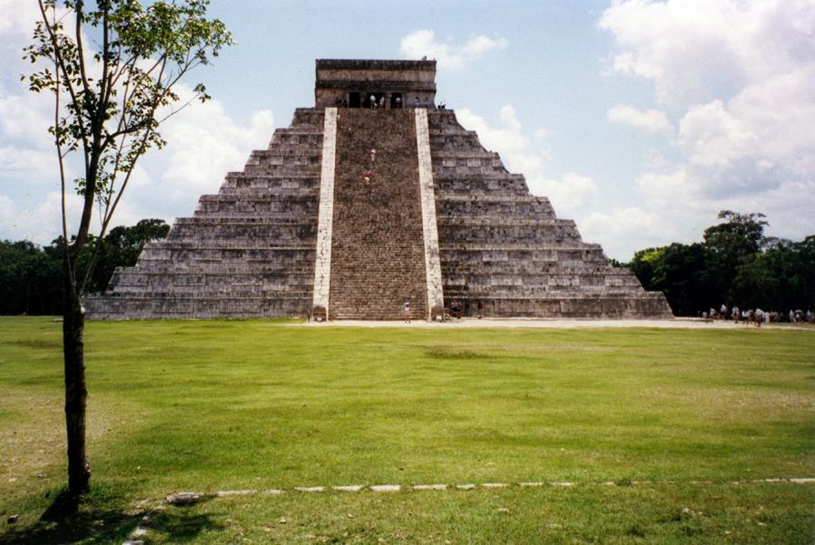 Chichen Itza Climb To Top.