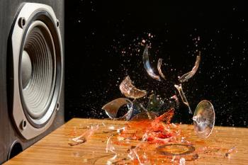 Resonance braking glass