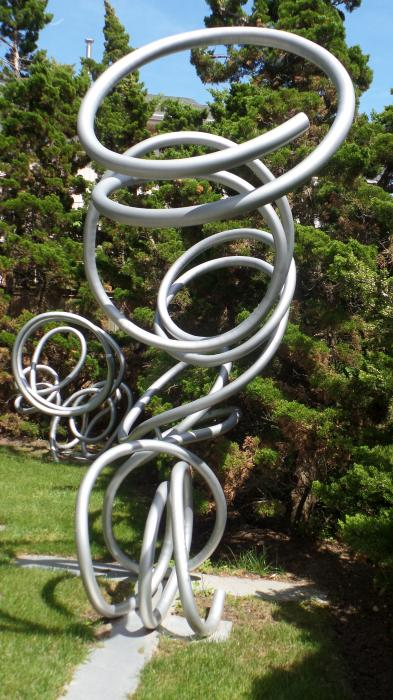 The Sky Descends to a Woven Sea. Bent and welded steel<br />103` x 110` x 44`