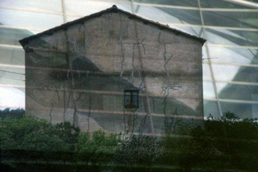 Cracked Farm House, 2004 - Katherine Criss's work